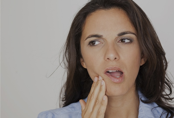 A broken tooth might have exposed nerve that's extra sensitive to certain foods and temperatures.