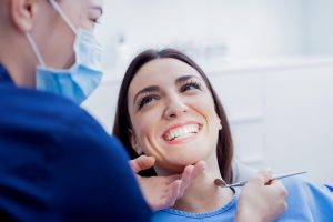 The steps and stages of cosmetic dentistry to fix crooked teeth